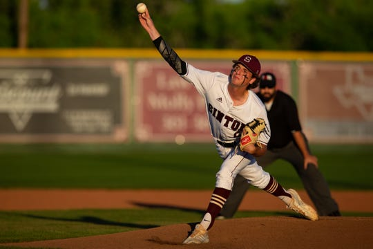 Sinton's Brett Brown throws a pitch during the first inning of their game against Robstwon  at Gene Kaspryzk FIeld, in Sinton on Thursday, April 9, 2019.