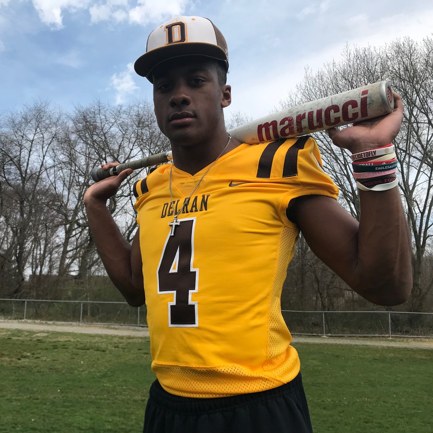 Delran's RJ Moten has sights set on playing Division-I football and baseball