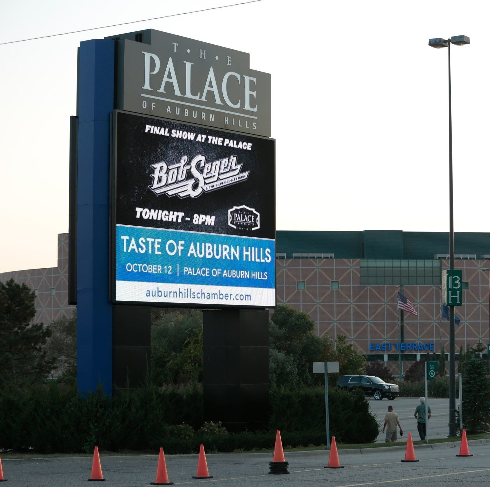 Real estate firm in talks to buy Palace of Auburn Hills