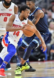 Ish Smith and the Pistons can make things easier for themselves in making the playoffs by first beating the Knicks on Wednesday.
