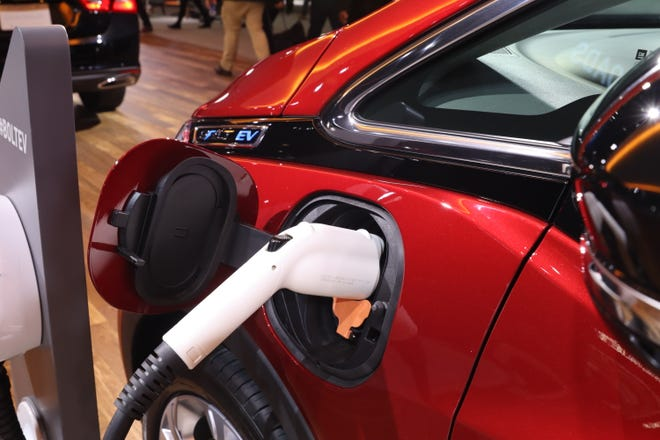 Automakers could triple the number of electric cars eligible for federal tax credits under terms of a bipartisan bill introduced Wednesday in Congress. General Motors, which builds the Chevrolet Bolt, has hit the current 200,000-vehicle limit.