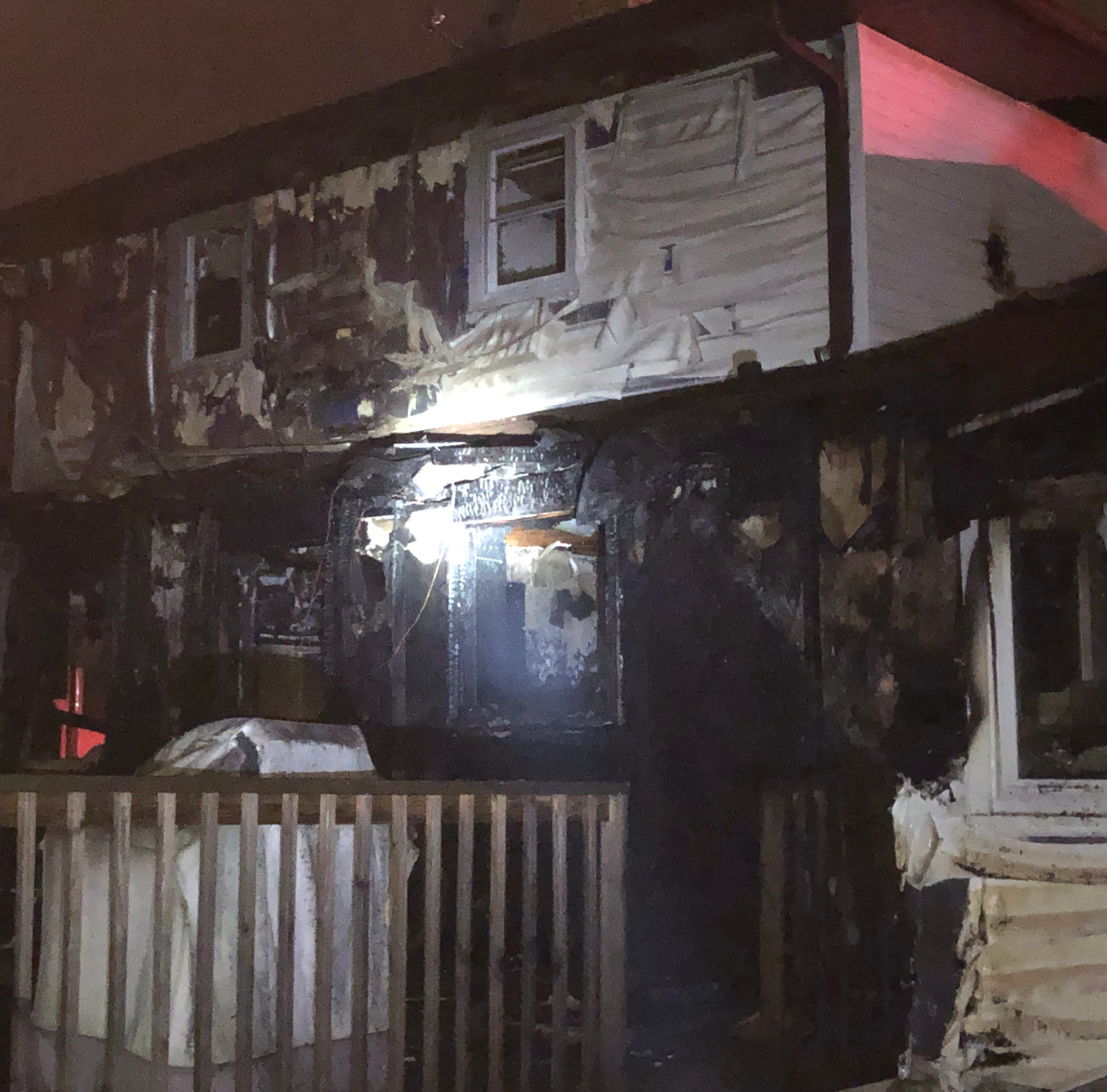 Two residents displaced after Ashwaubenon duplex fire
