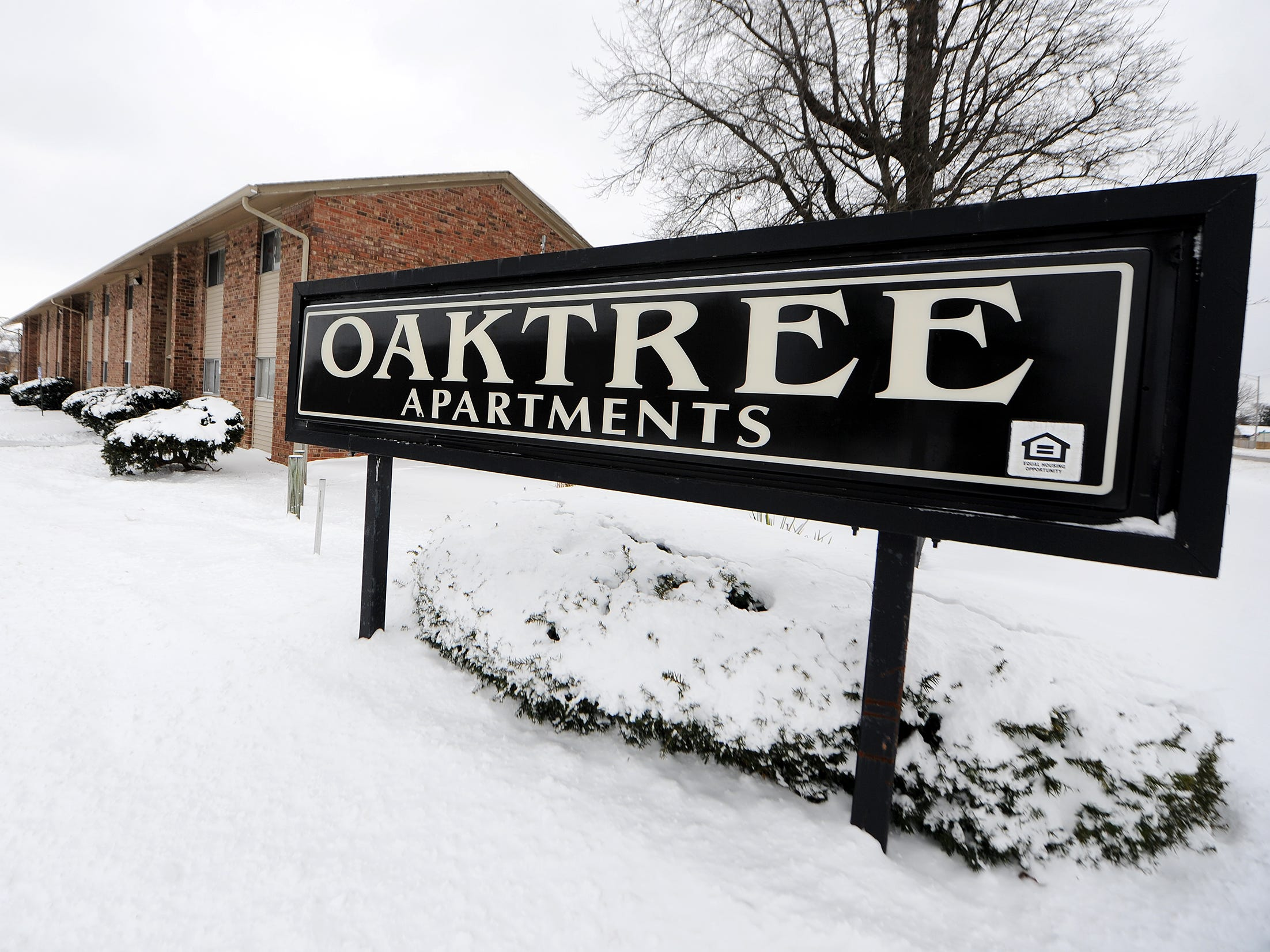 Indianapolis to spend $1.28M to demolish Oaktree Apartments, but decision came with a fight