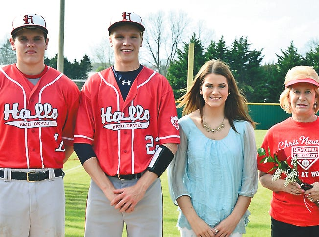 Bleu Butcher, Jonathan Wyrick and Hope Lay were recipients of the 2015 Chris Newsom scholarship. They are pictured with Mary and Hugh Newsom.