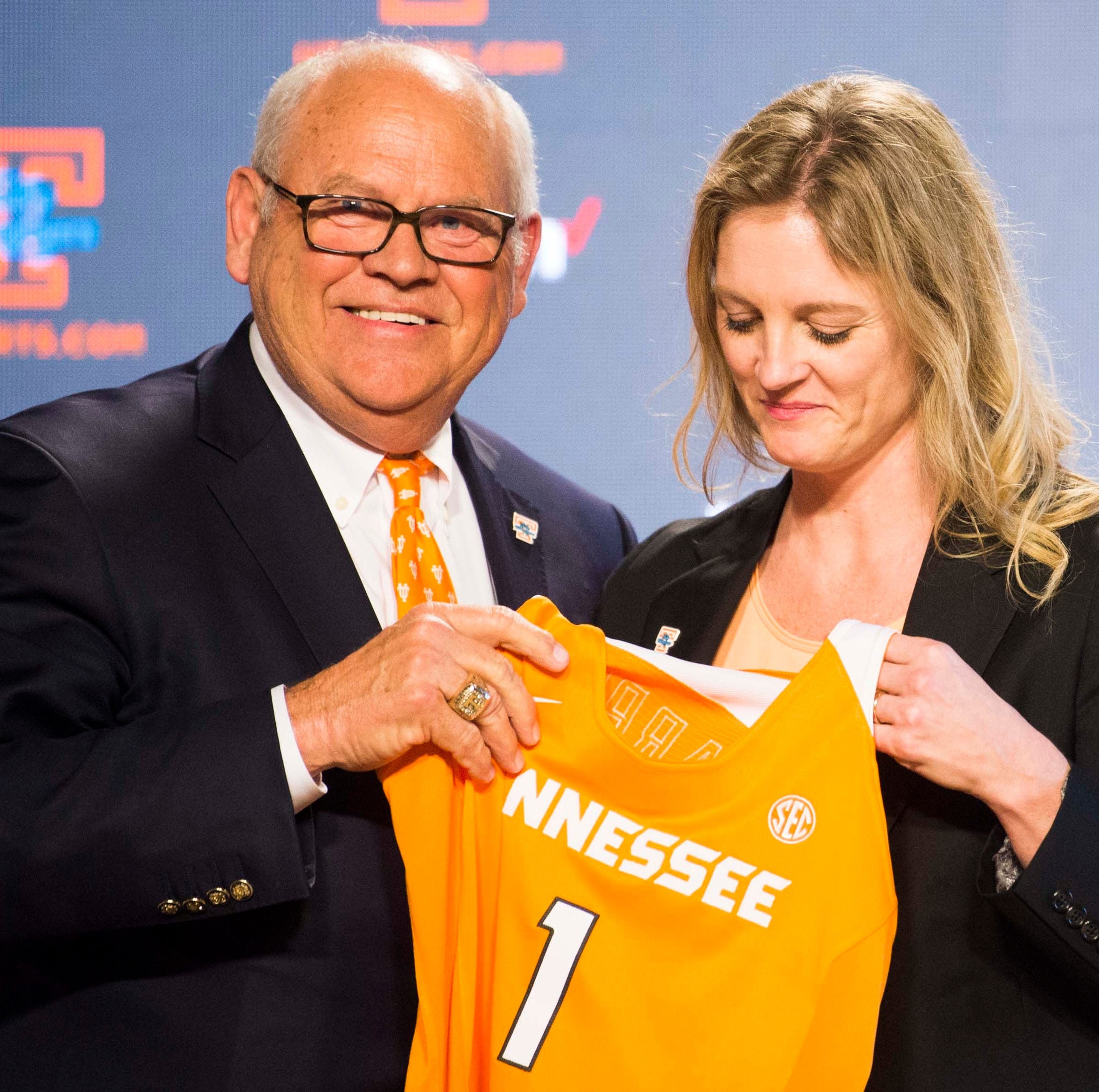 Did Tennessee AD Phillip Fulmer lose the press conference introducing Kellie Harper?