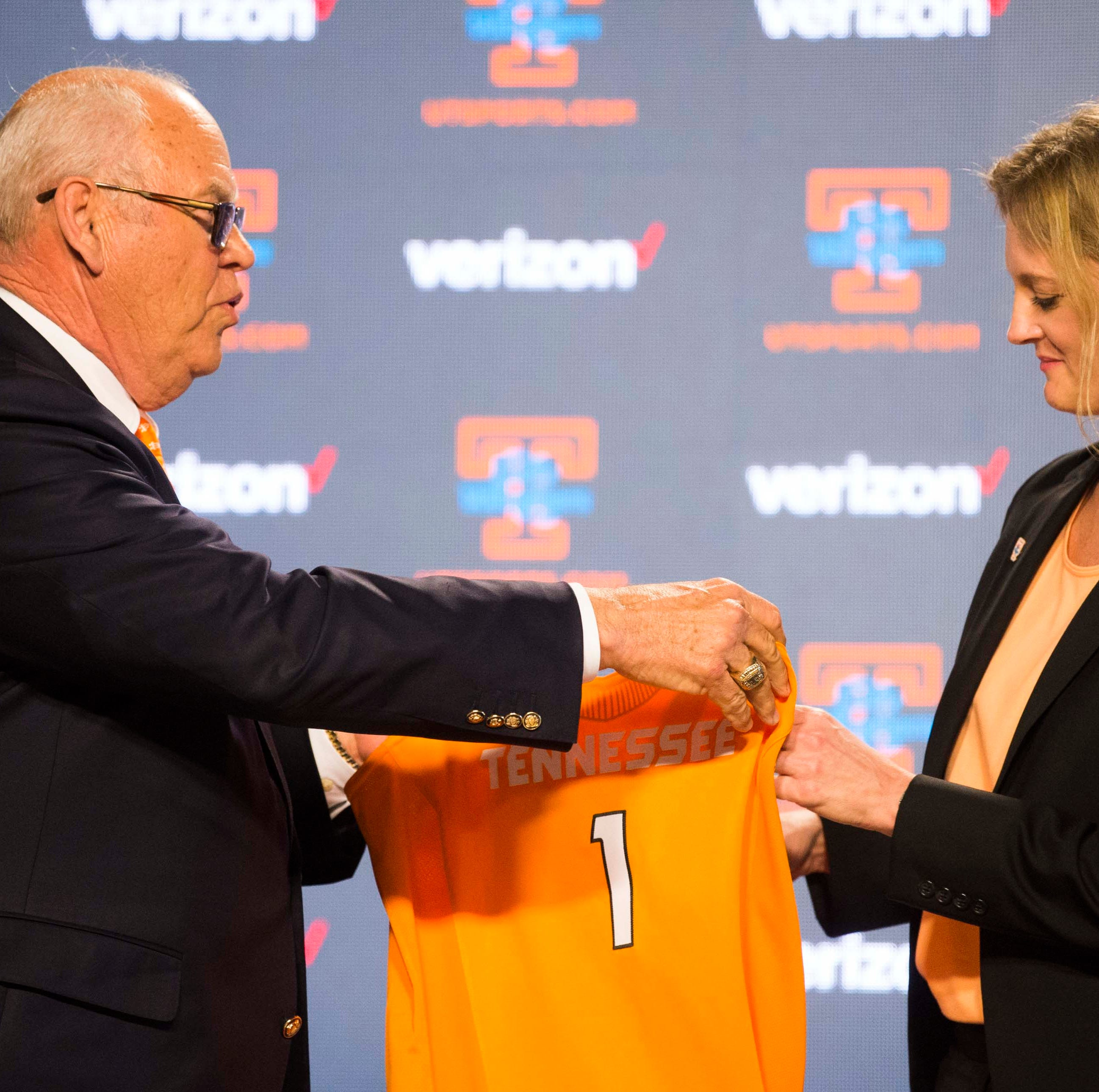 Here are the terms of Kellie Harper's deal with Tennessee Lady Vols