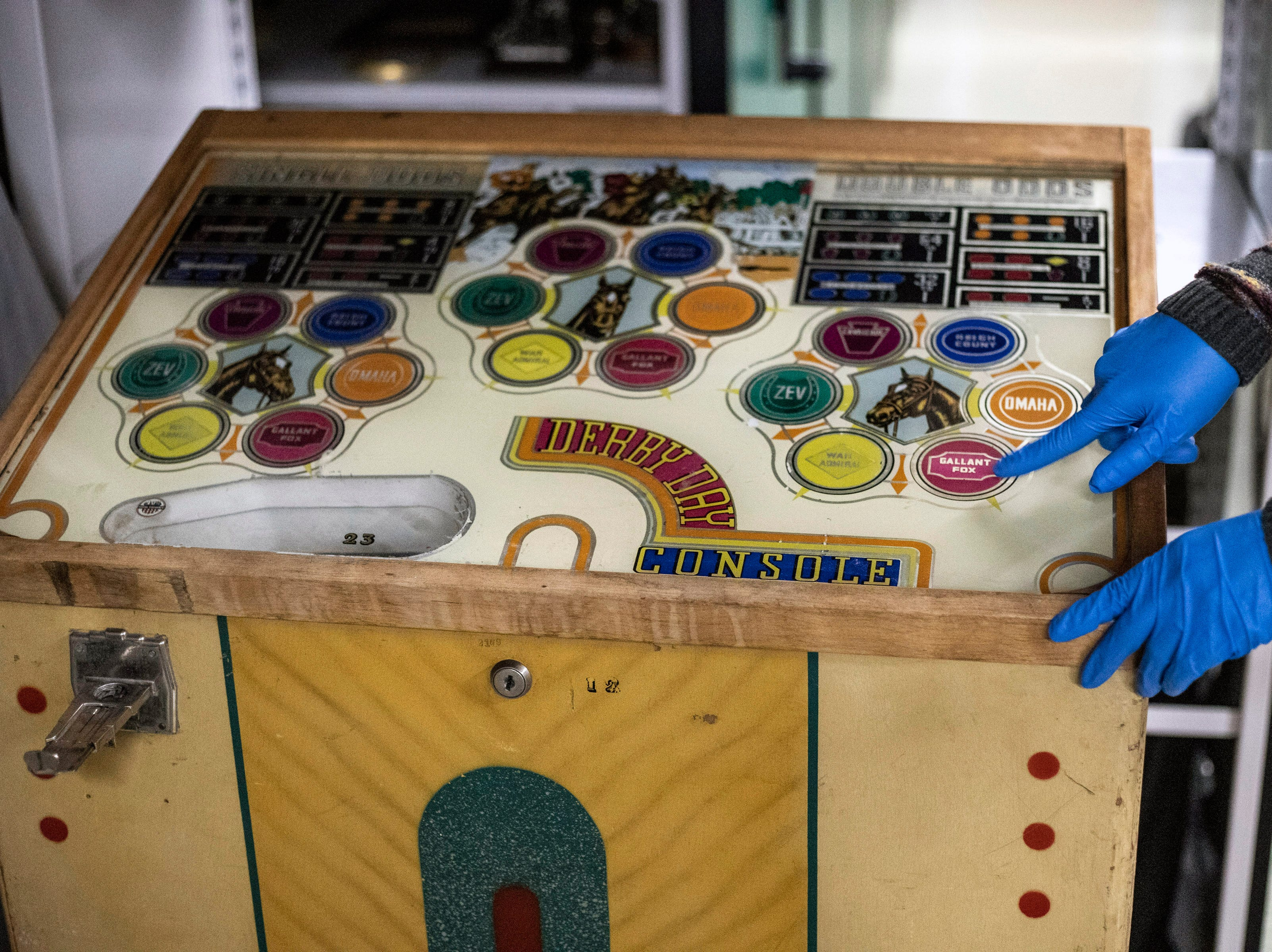 An old game of chance with a Derby theme can be found in the Kentucky Derby Museum archives. 3/26/19