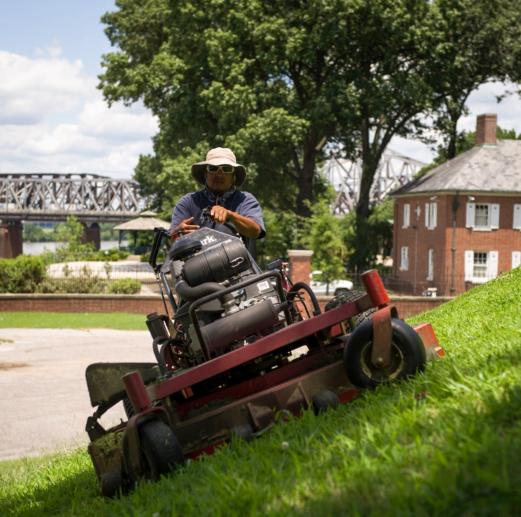 GreenPal: 'Uber of lawn care' service launches in Memphis, here's how it works