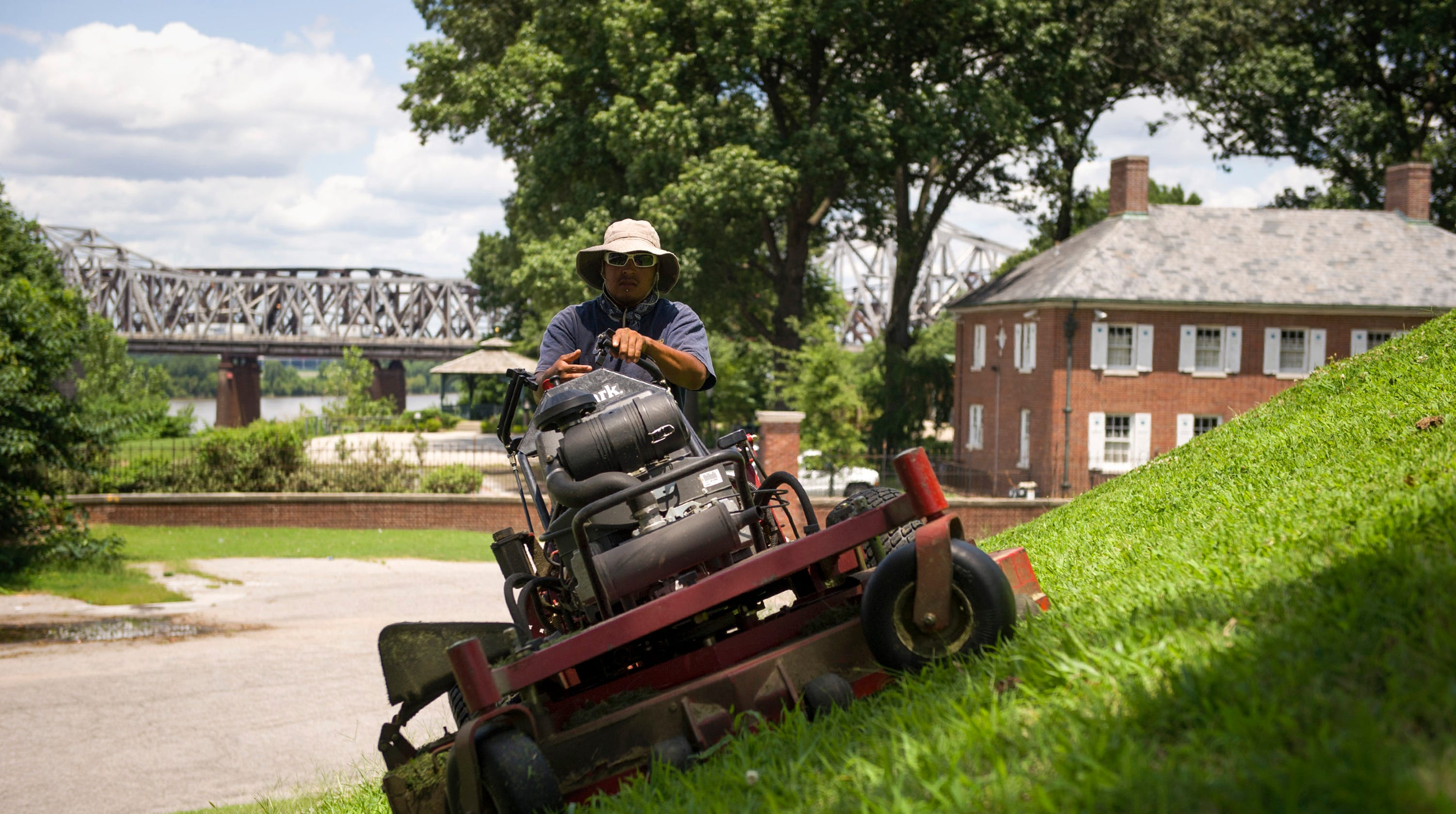 Greenpal In Memphis Uber Of Lawn Care Launches In Shelby