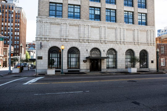 The Cotton Exchange moved here to the corner of Union Avenue and Front Street in the 1920s to be even closer to the riverfront. It closed in 1978.