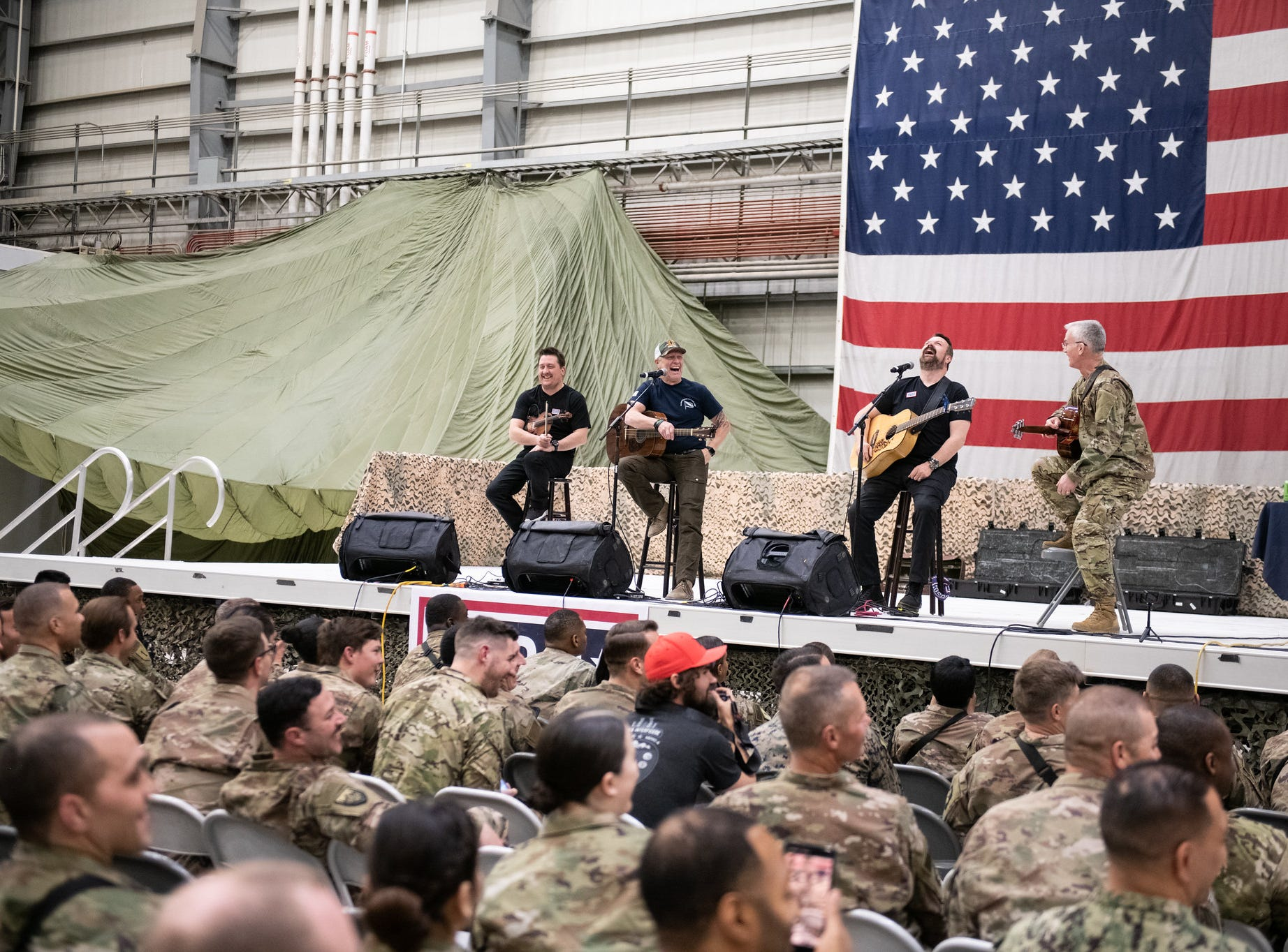 Country music artist Craig Morgan was joined Air Force Gen. Paul J. Selva, vice chairman of the Joint Chiefs of Staff, on a tour across the world as they visit service members overseas to thank them for their service and sacrifice.