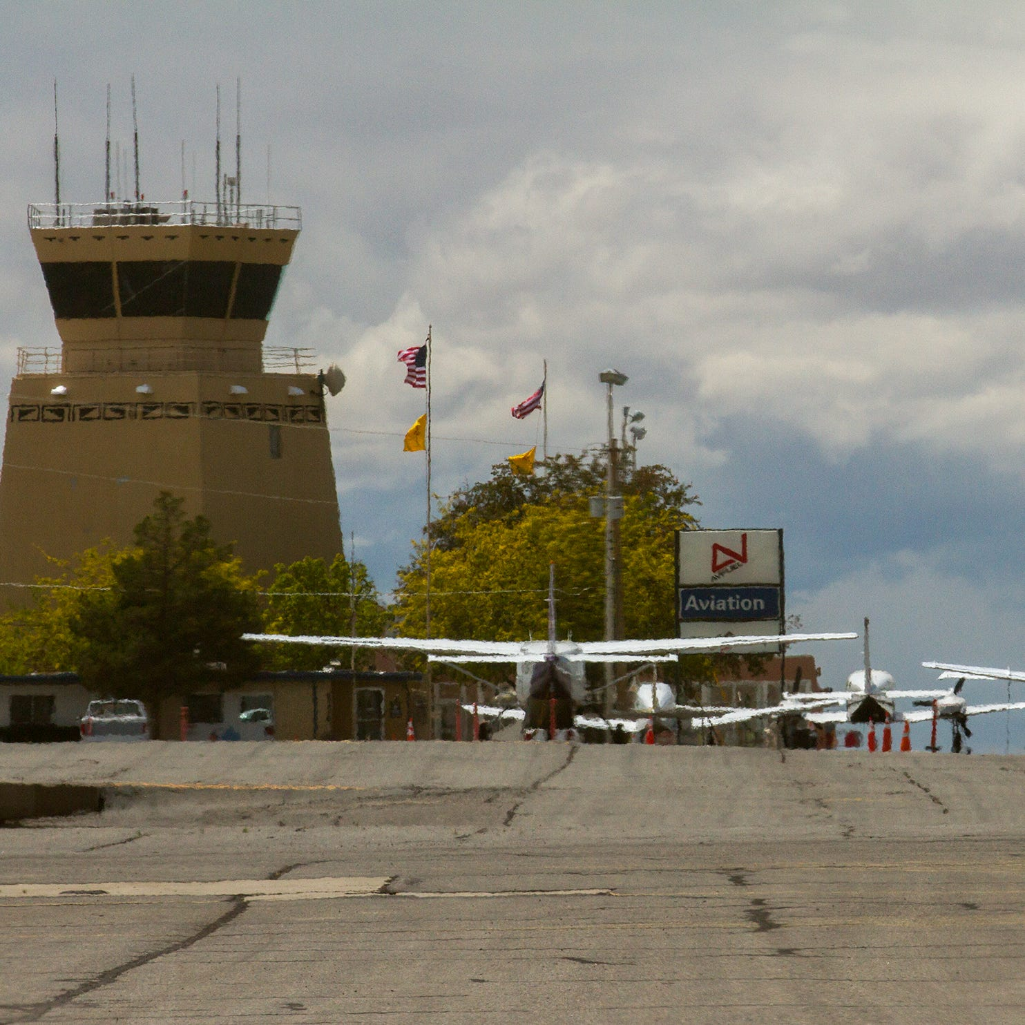 Farmington plans to return commercial air service to Four Corners Regional Airport