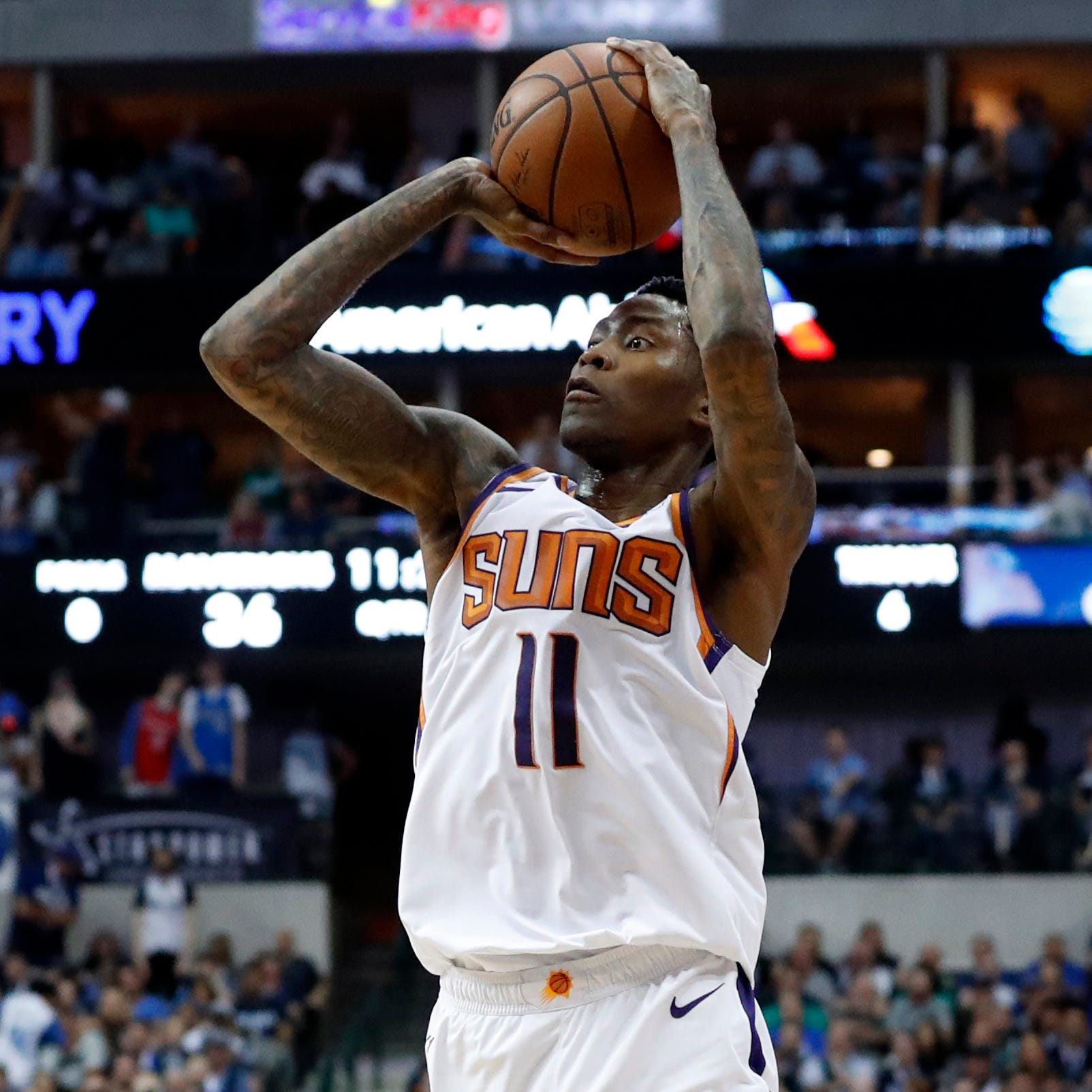 Jamal Crawford drops 51 points in Suns' season-ending loss to Dirk Nowitzki, Mavericks