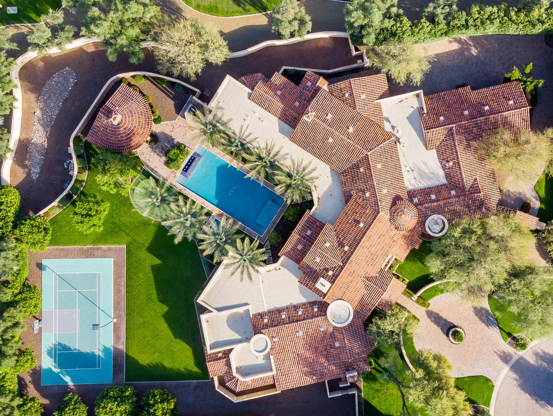Rajeev and Cynthia Kathuria purchased this 10,200-square-foot estate in Paradise Valley for $3.6M.