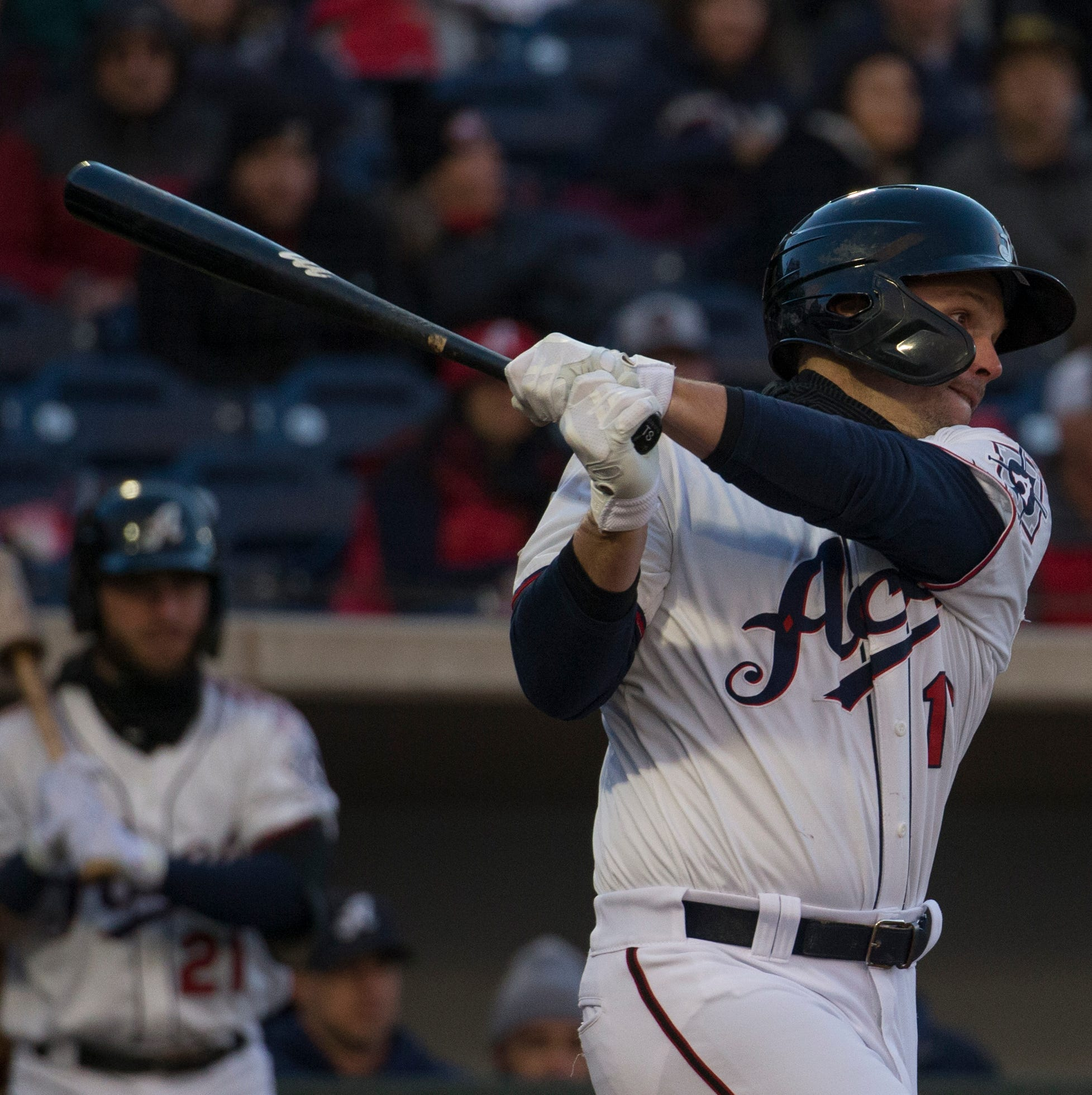Chilled crowd sees Reno Aces win home opener