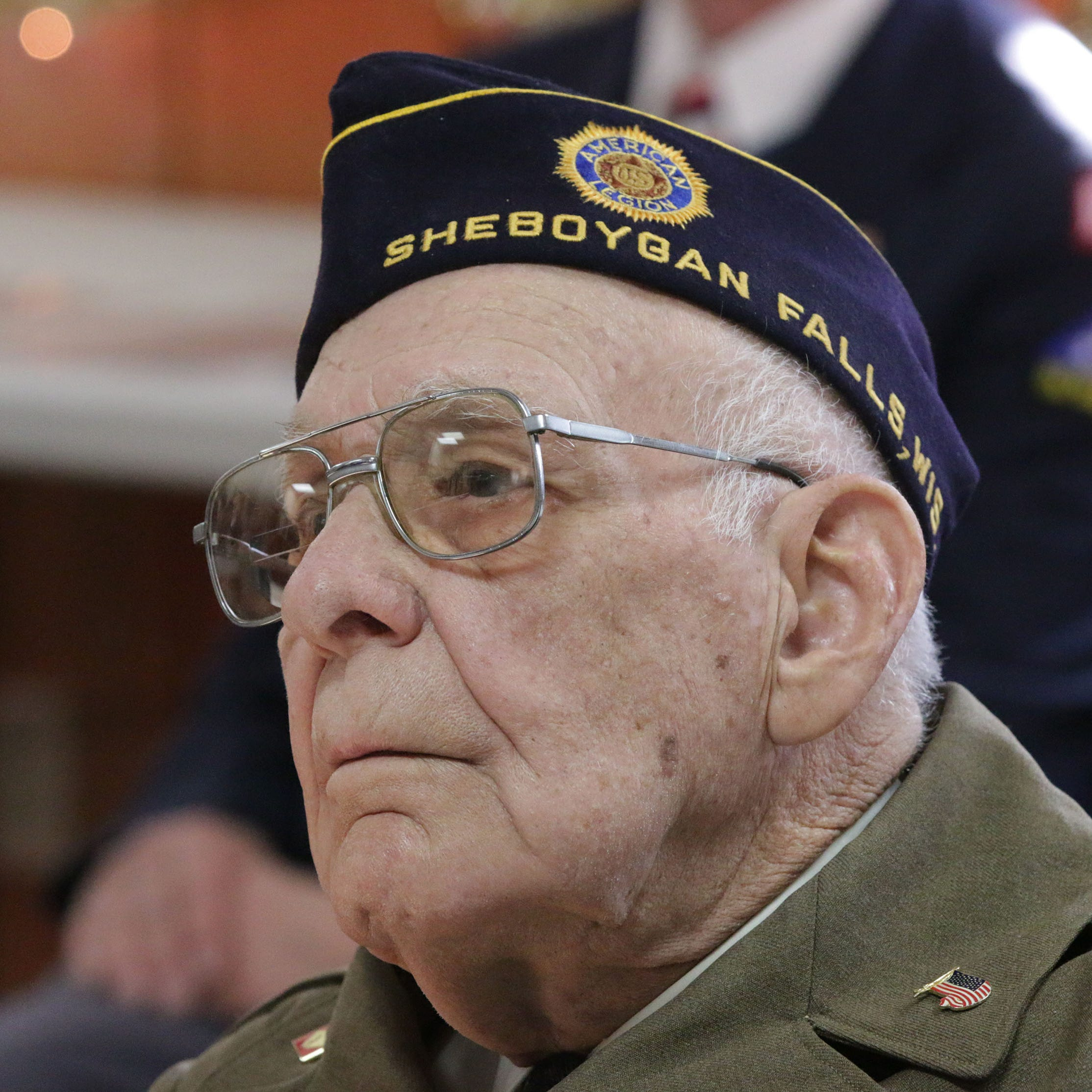 Edgar Kuhlow, Sheboygan Falls WWII veteran and POW, dead at 100