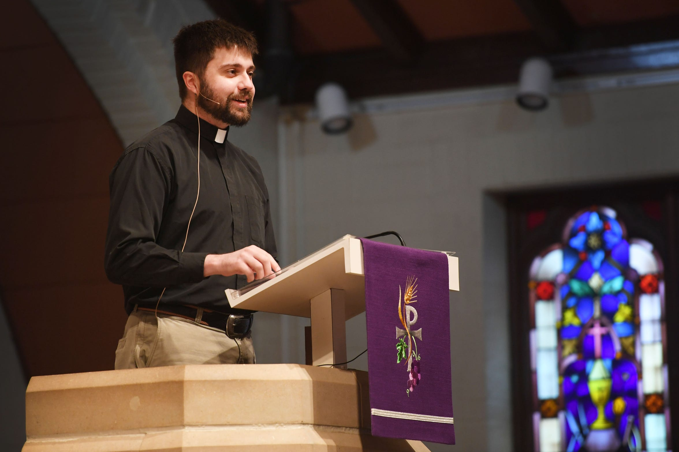 Pastor Josh Johnson gives the sermon during the noon service at East Side Lutheran Church Wednesday, April 10,  in Sioux Falls.