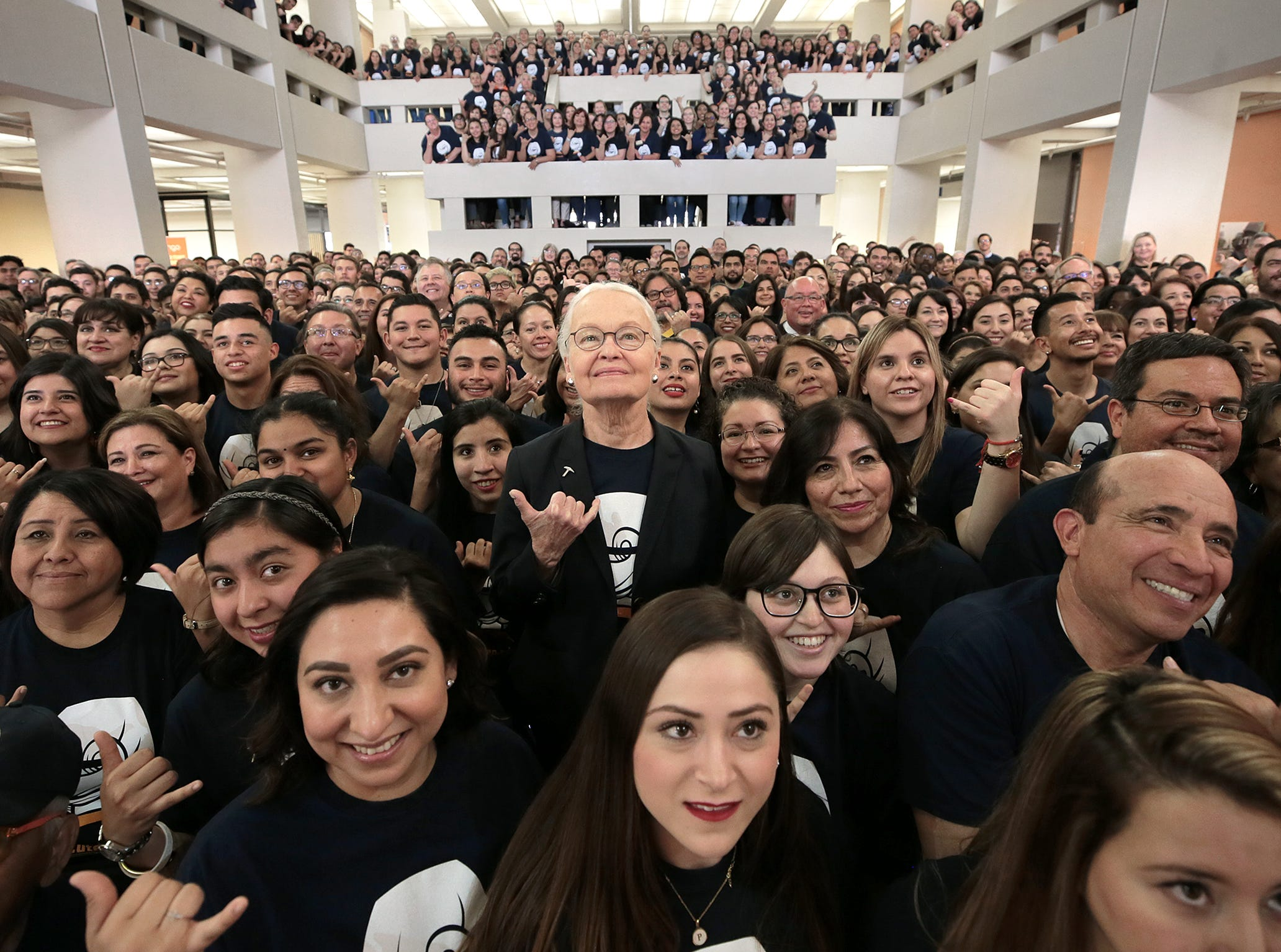 UTEP arranges a photograph with outgoing president Dr. Diana Natalicio Wednesday at the UTEP Student Union.