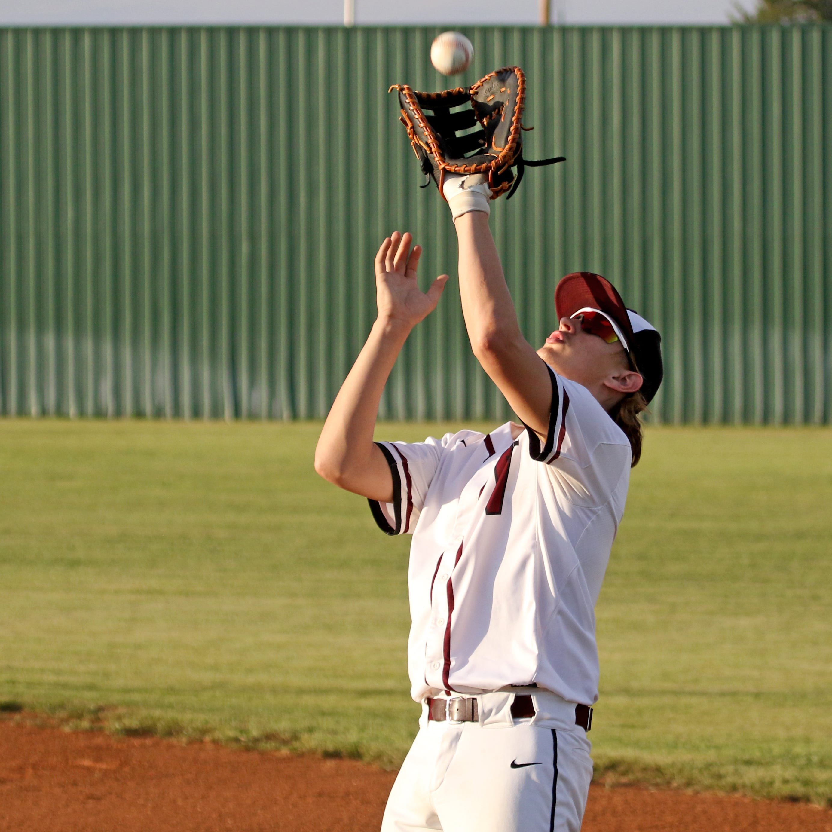 Baseball roundup: Vernon pulls off Graham sweep; Holliday's Cox perfect
