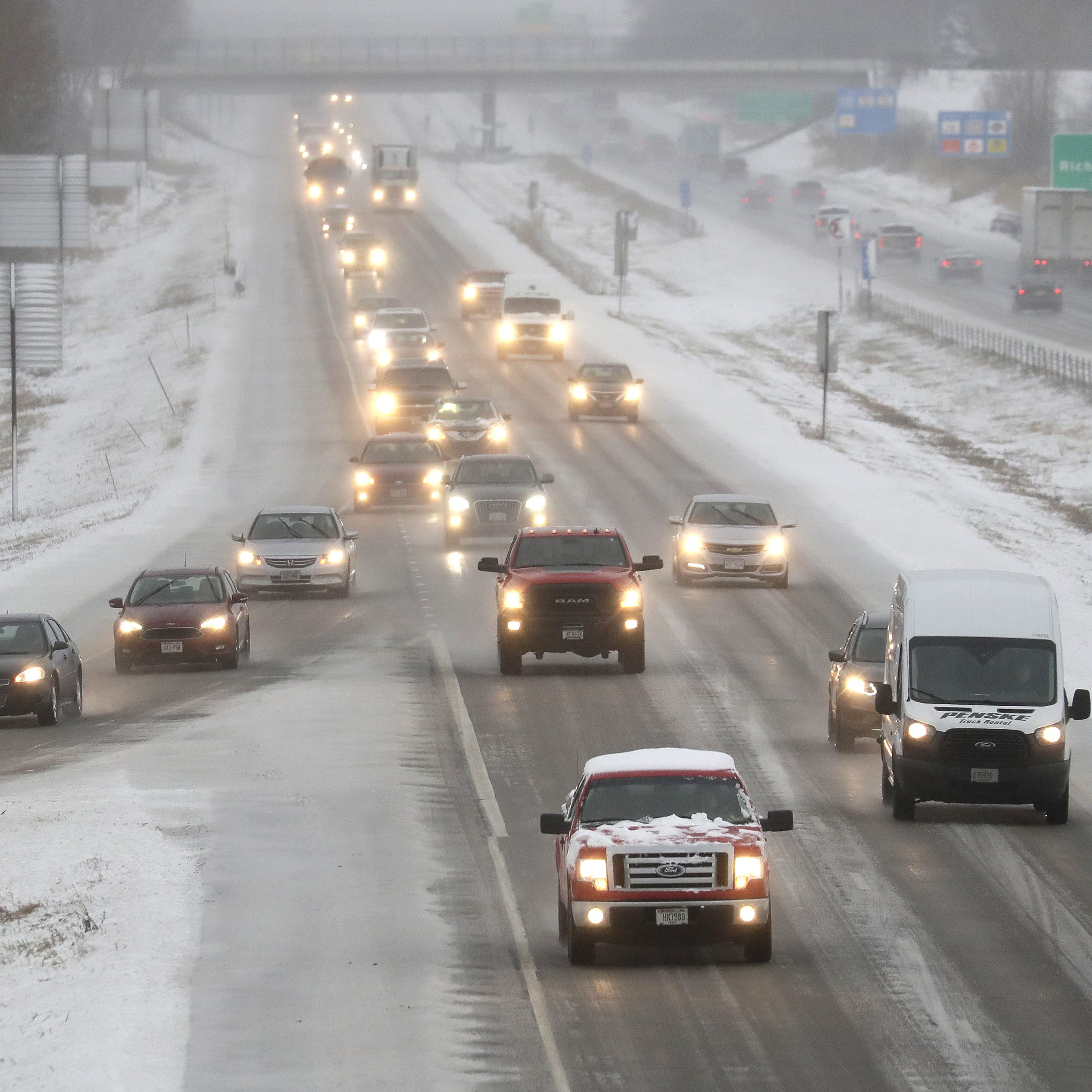 Thunder, snow, sleet, oh my! April storm makes a mess of Wisconsin roads
