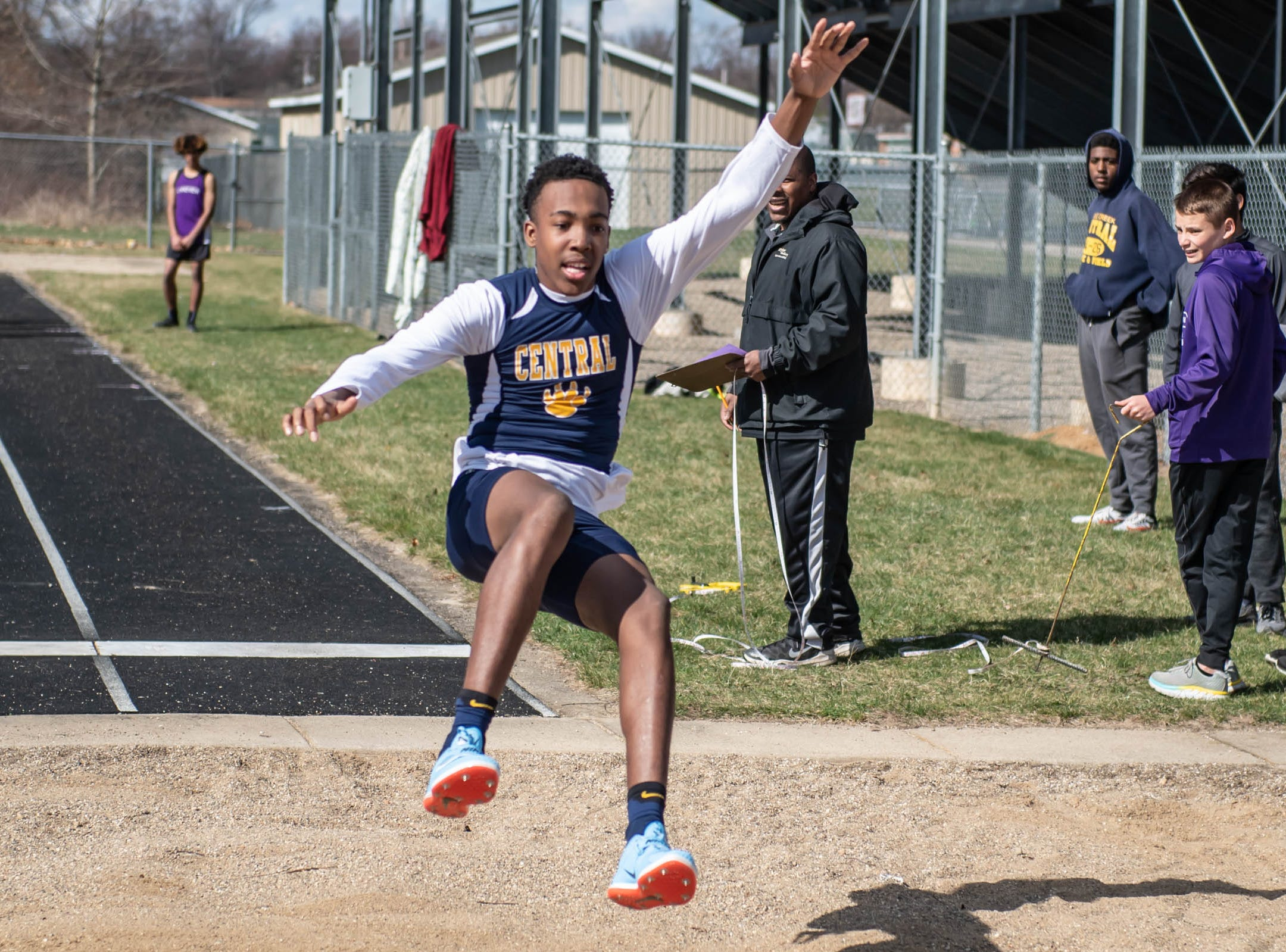 Battle Creek Central's Theo Shepherd competes in the long jump at Lakeview High School during a dual meet held on 4/9/19.