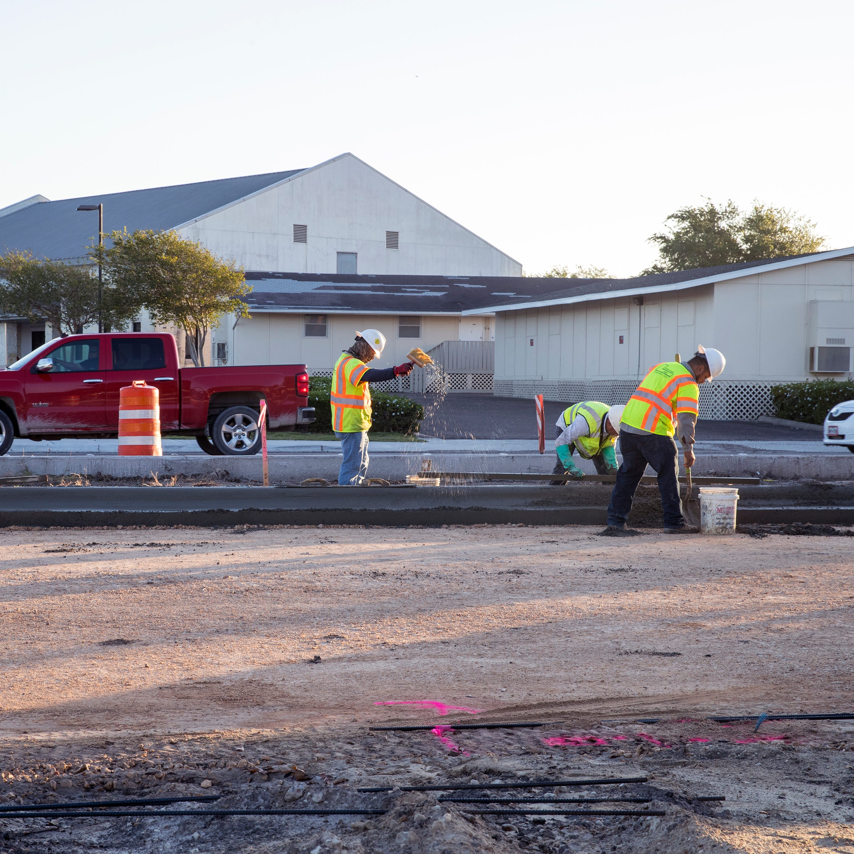 Construction on major Southside Corpus Christi road will be complete in April