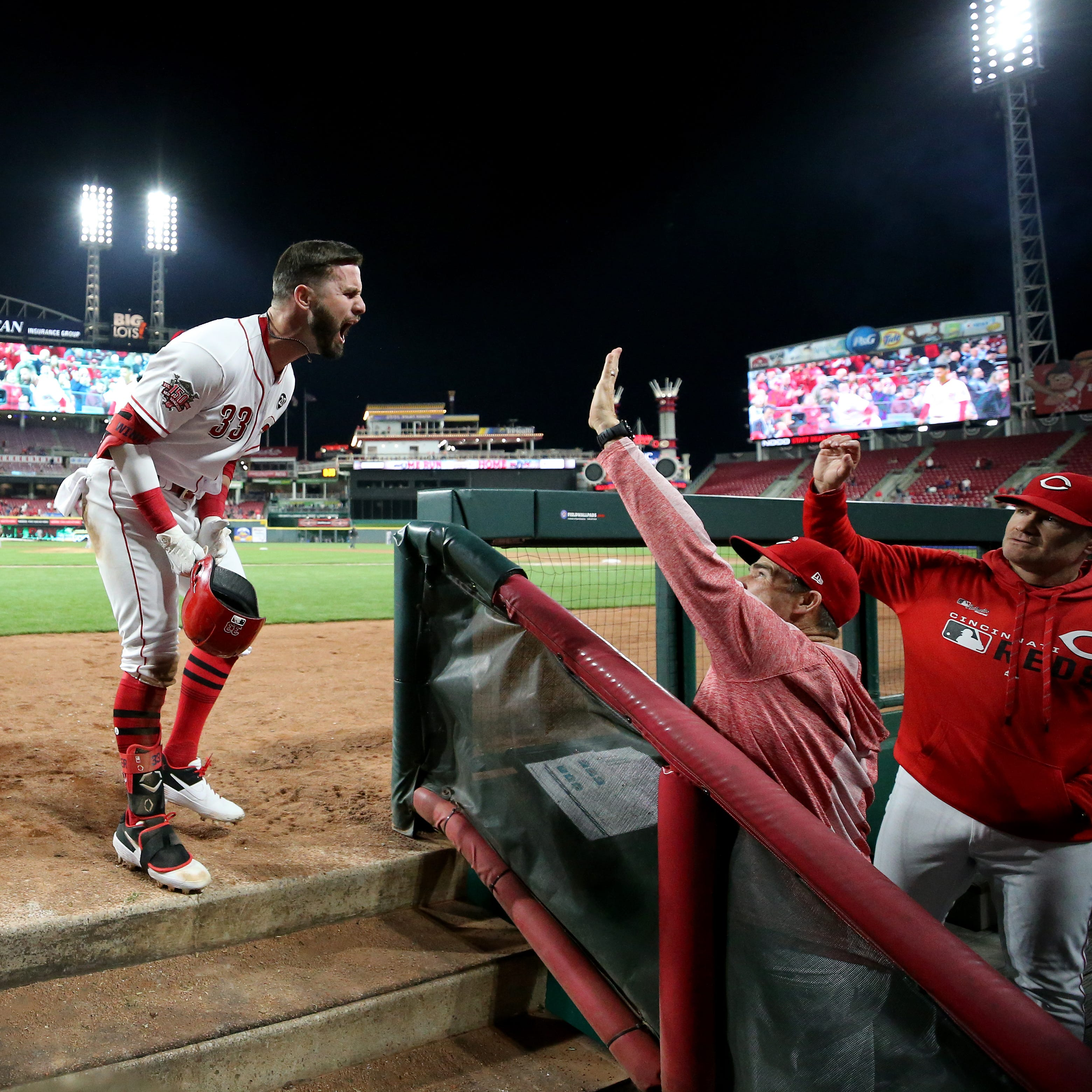 José Iglesias and Jesse Winker power Cincinnati Reds to 2-1 win against Miami Marlins