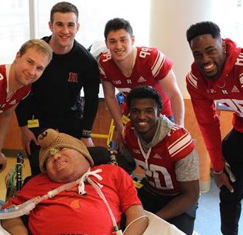 Heartbeats: Rutgers football players lift spirits of patients