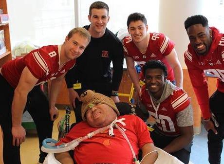 Heartbeats: Rutgers football players lift spirits of patients