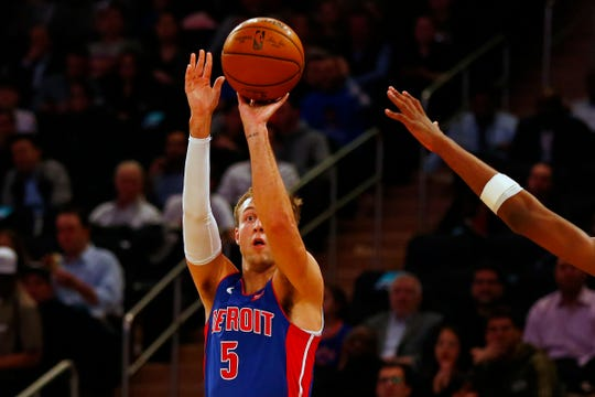 Detroit Pistons guard Luke Kennard (5) shoots against the New York Knicks during the first half at Madison Square Garden on Wednesday, April 10, 2019.