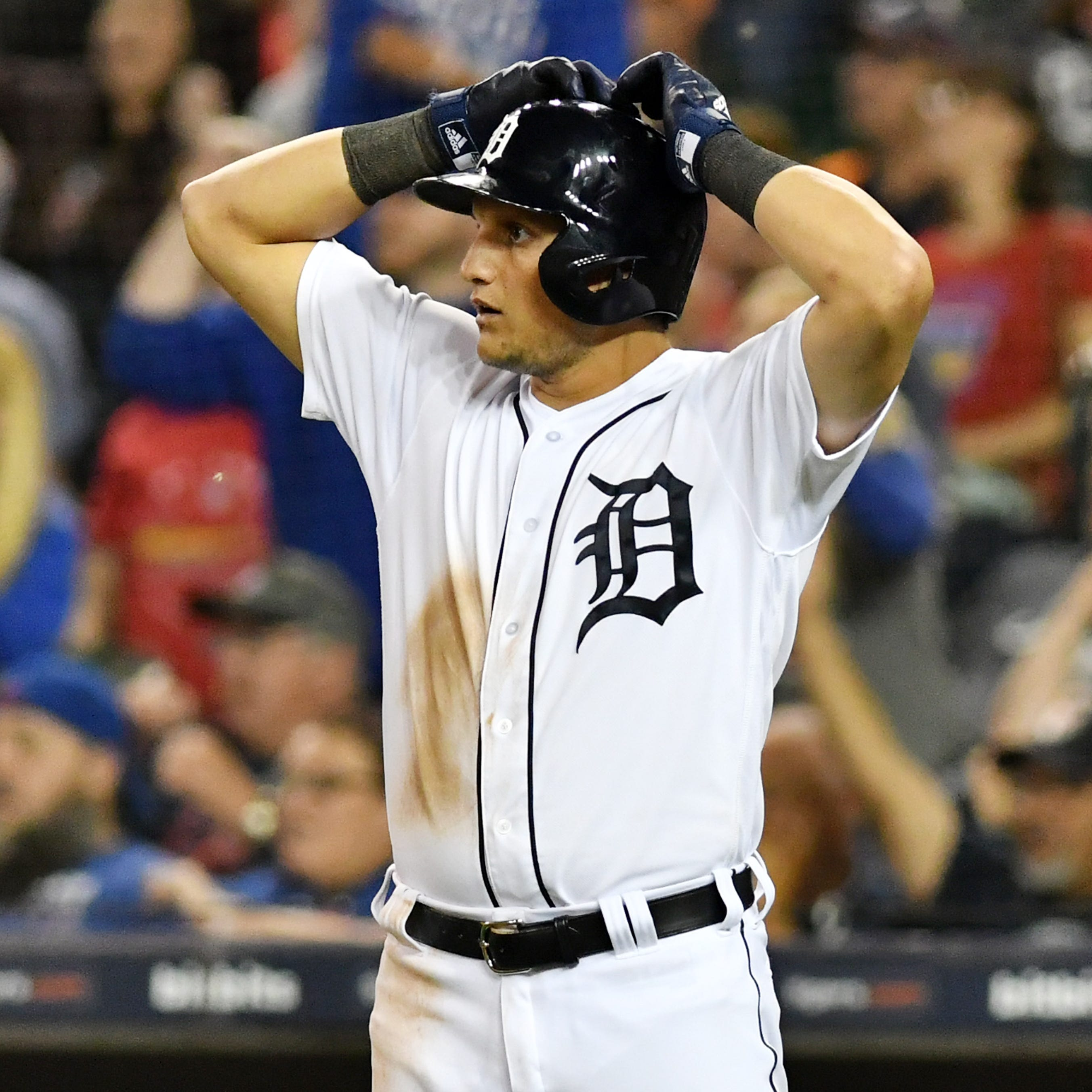 Tigers activate JaCoby Jones, Nick Castellanos out with sprained toe