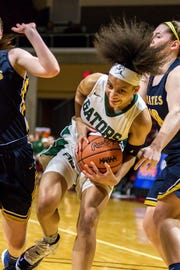 Mya Petticord averaged 19.5 points, 5.5 rebounds, 3.2 assists, and three steals as a freshman for Ypsilanti Arbor Prep.