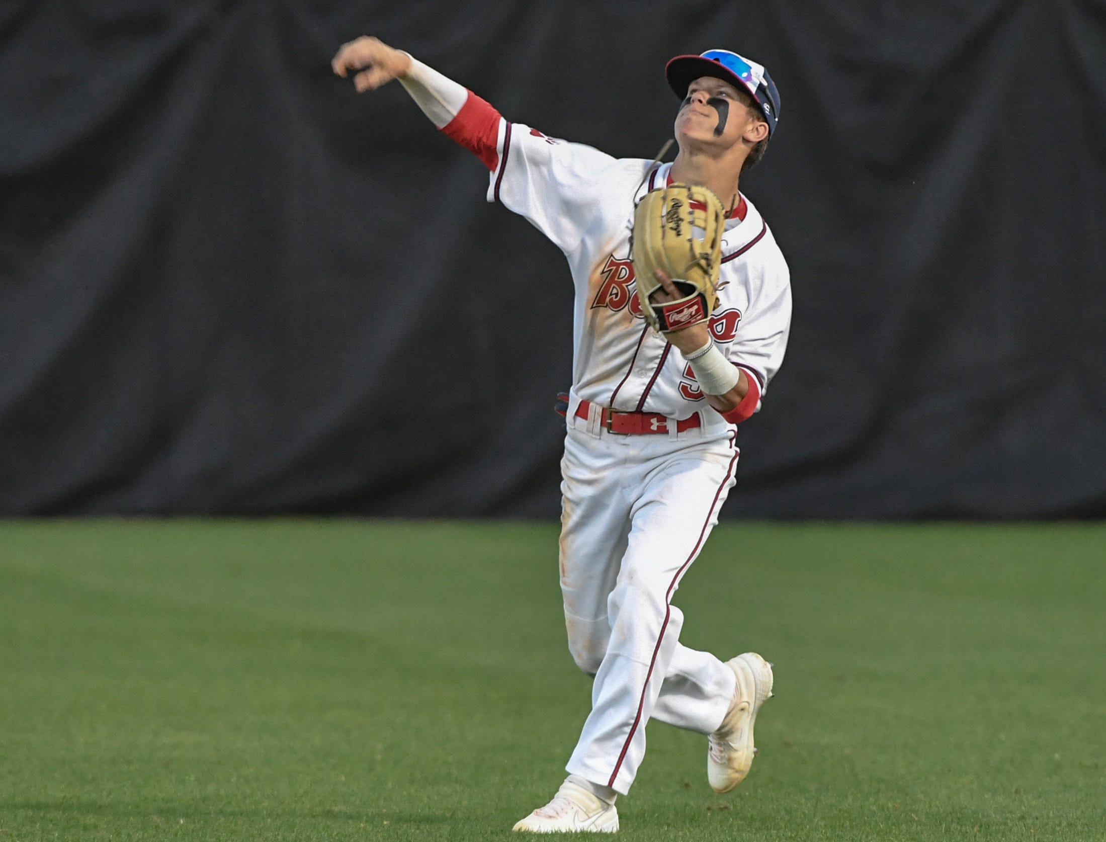 Belton-Honea Path sophomore Brady Alewine (5) throws back to the infield against Wren during the top of the fourth inning at Belton-Honea Path High School in Honea Path Wednesday, April 10, 2019.