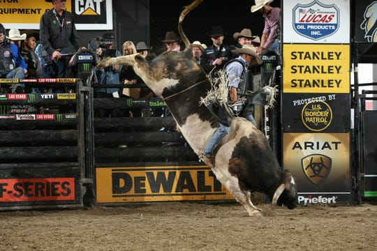 Alex Marcilio rides Phenom Genetic/Rothe's Bad Beagle for 86.75 during the championship round of the Billings PBR 25th Anniversary Unleash the Beast in 2018.