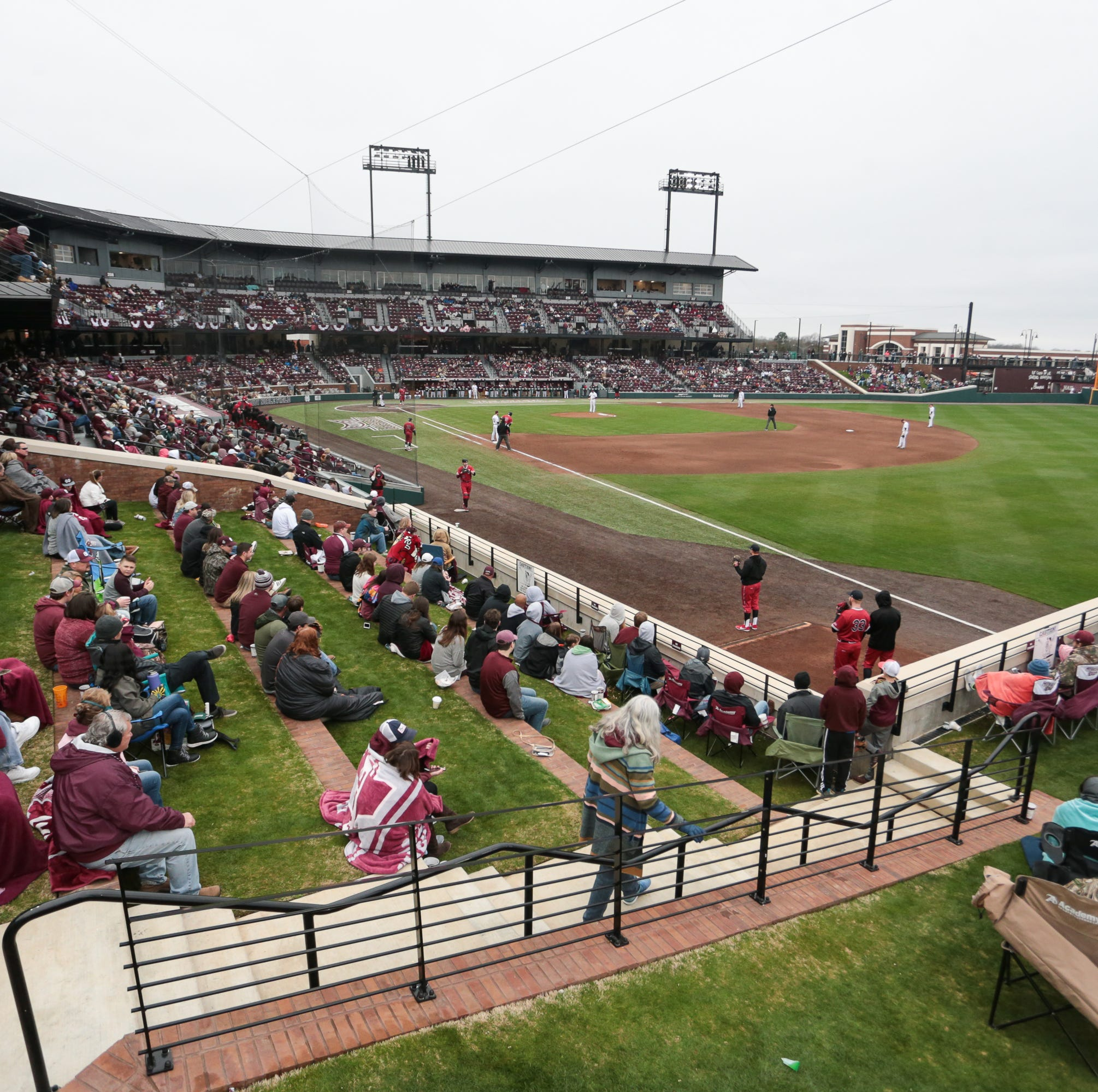 Mississippi State baseball gears up for Super Bulldog Weekend