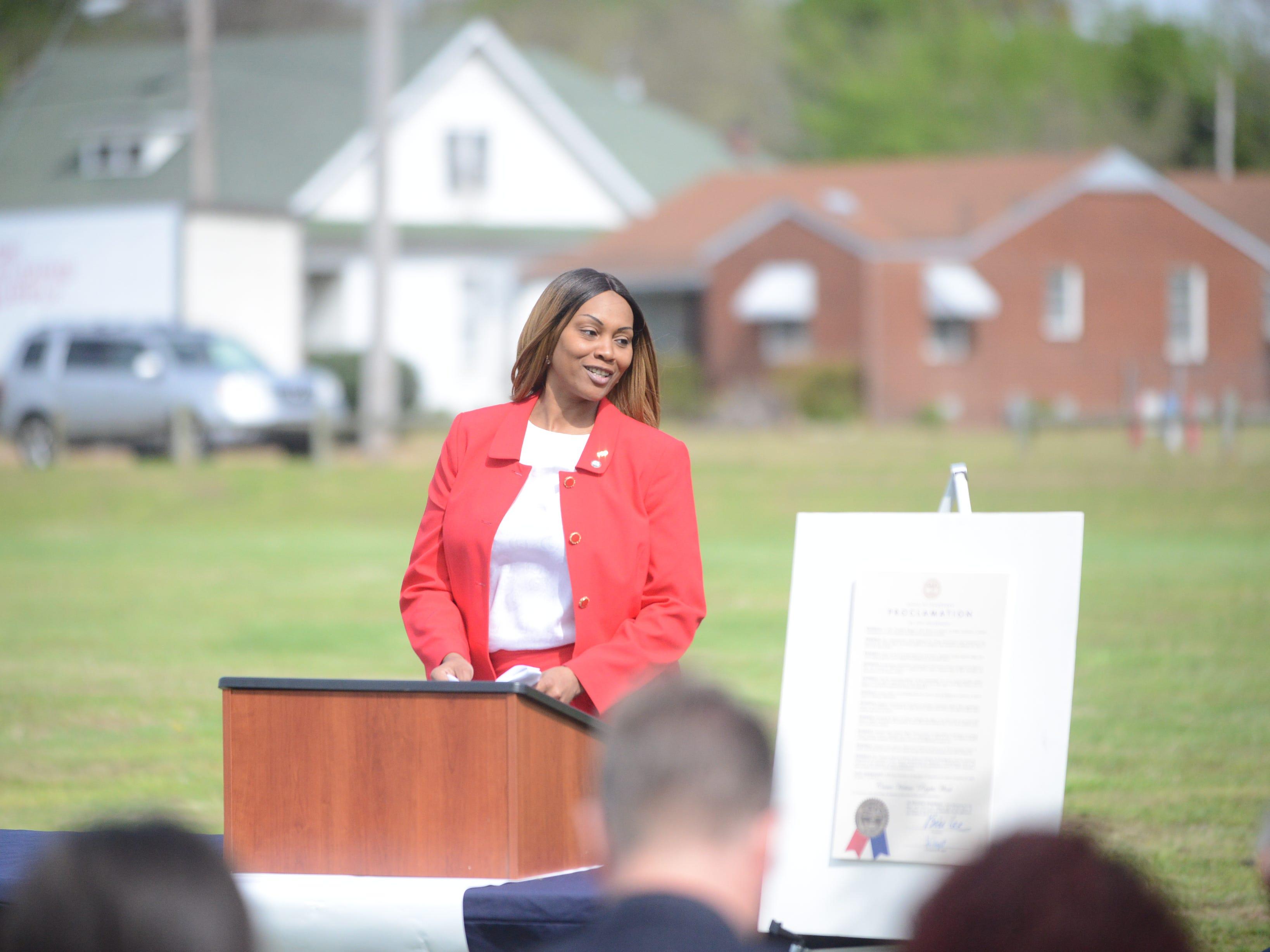 District 60 Manager Monika Jones introduces keynote speaker Maryetta Rudd.