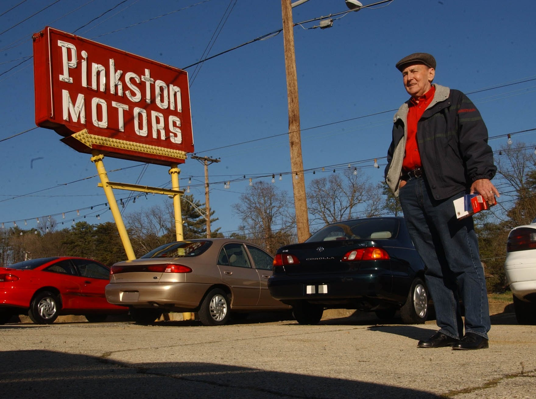 "Longtime South Knoxville County Commissioner Howard Pinkston has sold his Chapman Highway car lot to Reeder Chevrolet. Pinkston is a lifelong South Knoxville resident, and is of the third generation of Pinkstons to live ""South of the river.""   Pinkston and his brother, Paul Jr., began operating the car lot in April of 1973."