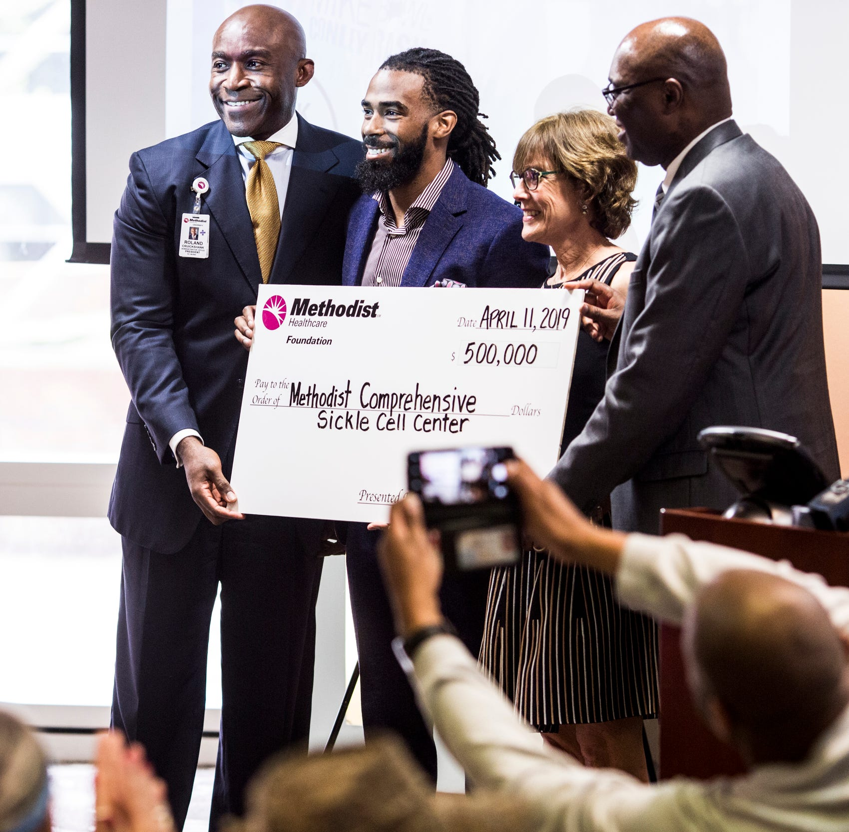 Memphis Grizzlies' Mike Conley donates $500K to Methodist sickle cell center