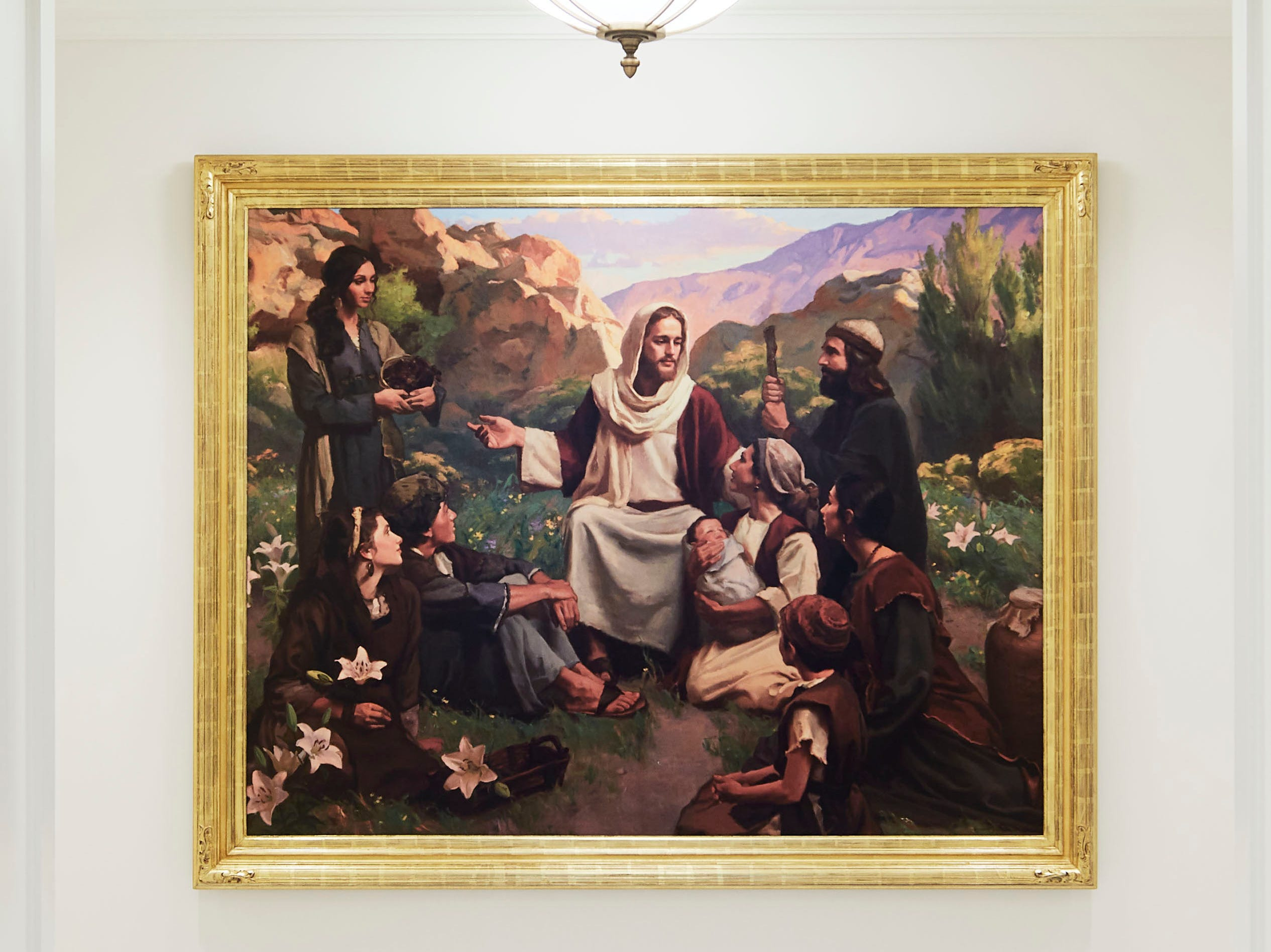 The Memphis Tennessee Temple features numerous paintings, many including depictions of Jesus.