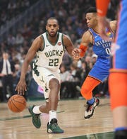 The Bucks' Khris Middleton doesn't feel any added pressure in the playoffs after having the best record during the regular season.