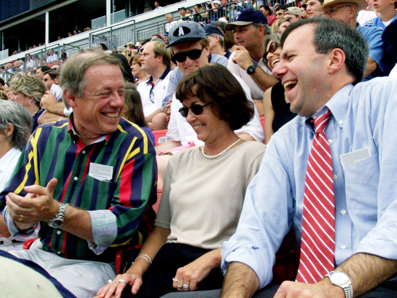 Former Metro mayor Phil Bredesen, left, and presently mayor Bill Purcell are enjoying the Tennessee Titans 26-9 victory over the Cleveland Browns at Adelphia Coliseum in Nashville Sept. 19, 1999.