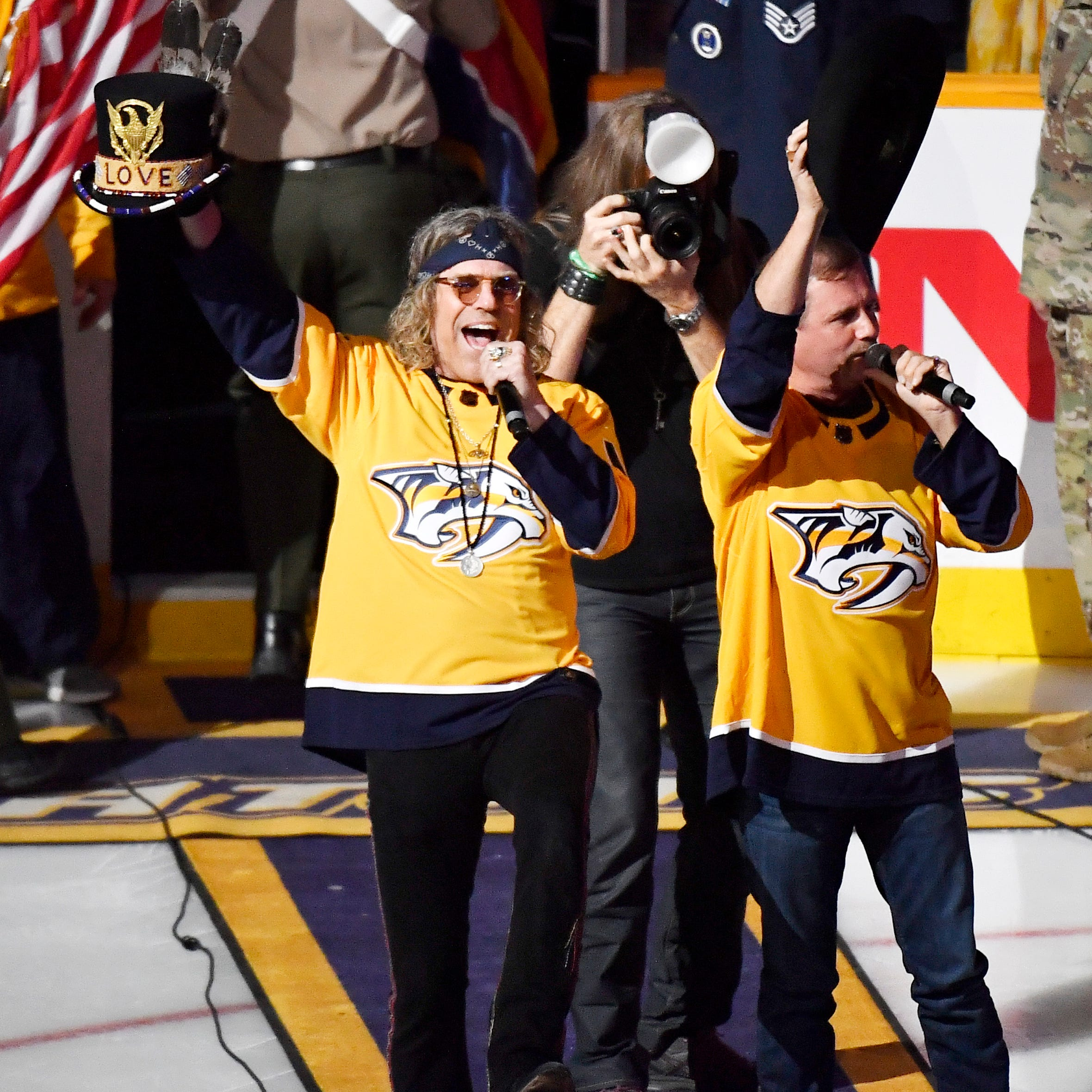 NHL Playoffs: 'Gender bending'? Predators announcer has gaffe when introducing Big & Rich