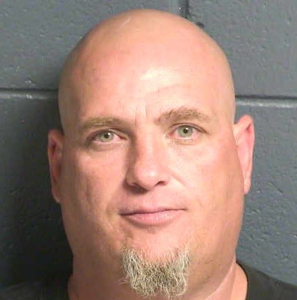 Police: Man uses bad check for vehicle purchase