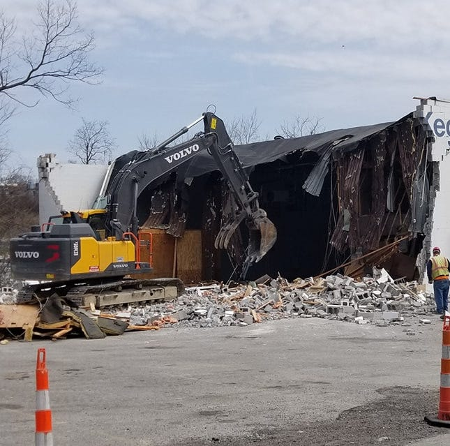 Case & Keg building: Landmark demolished for new I-83 interchange at Shrewsbury