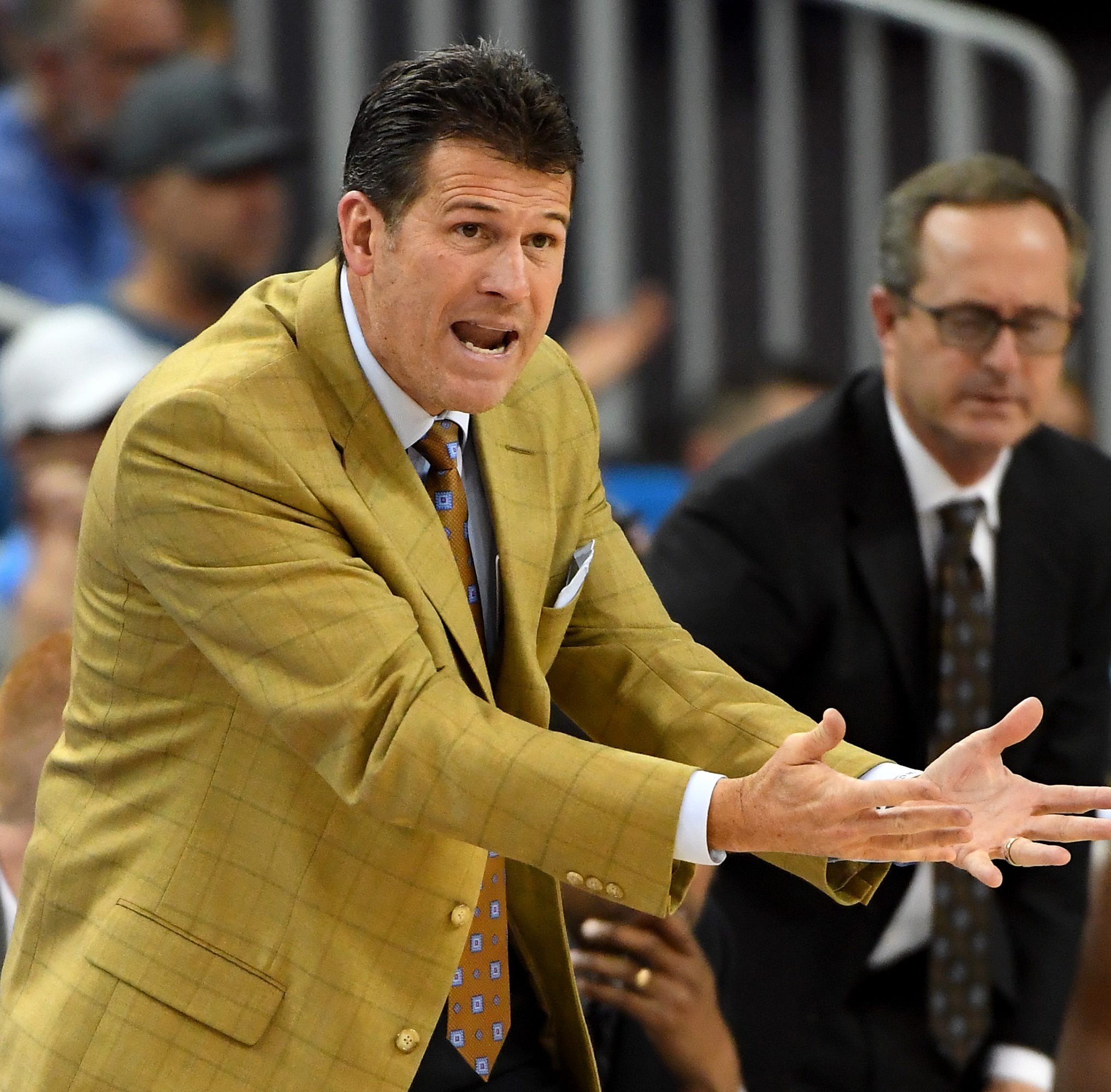 Steve Alford Nevada contract: See the new Wolf Pack basketball coach's salary, deal