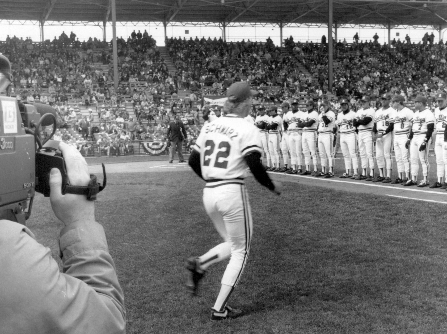 Jeff Schwarz trots out to during his introduction during Opening Day for the Red Wings at Silver Stadium in 1990.