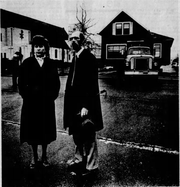 Barbara Carey and Ken Bonnem found moving their house a larger task than they had anticipated. In this photo from a February 1983 edition of the Statesman Journal, they wait for the truck and the house during the move.