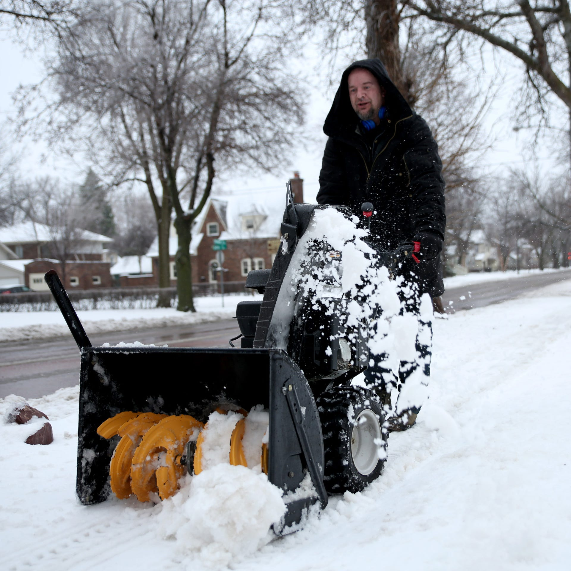 NWS: Blizzard over, snow to melt soon but gradually