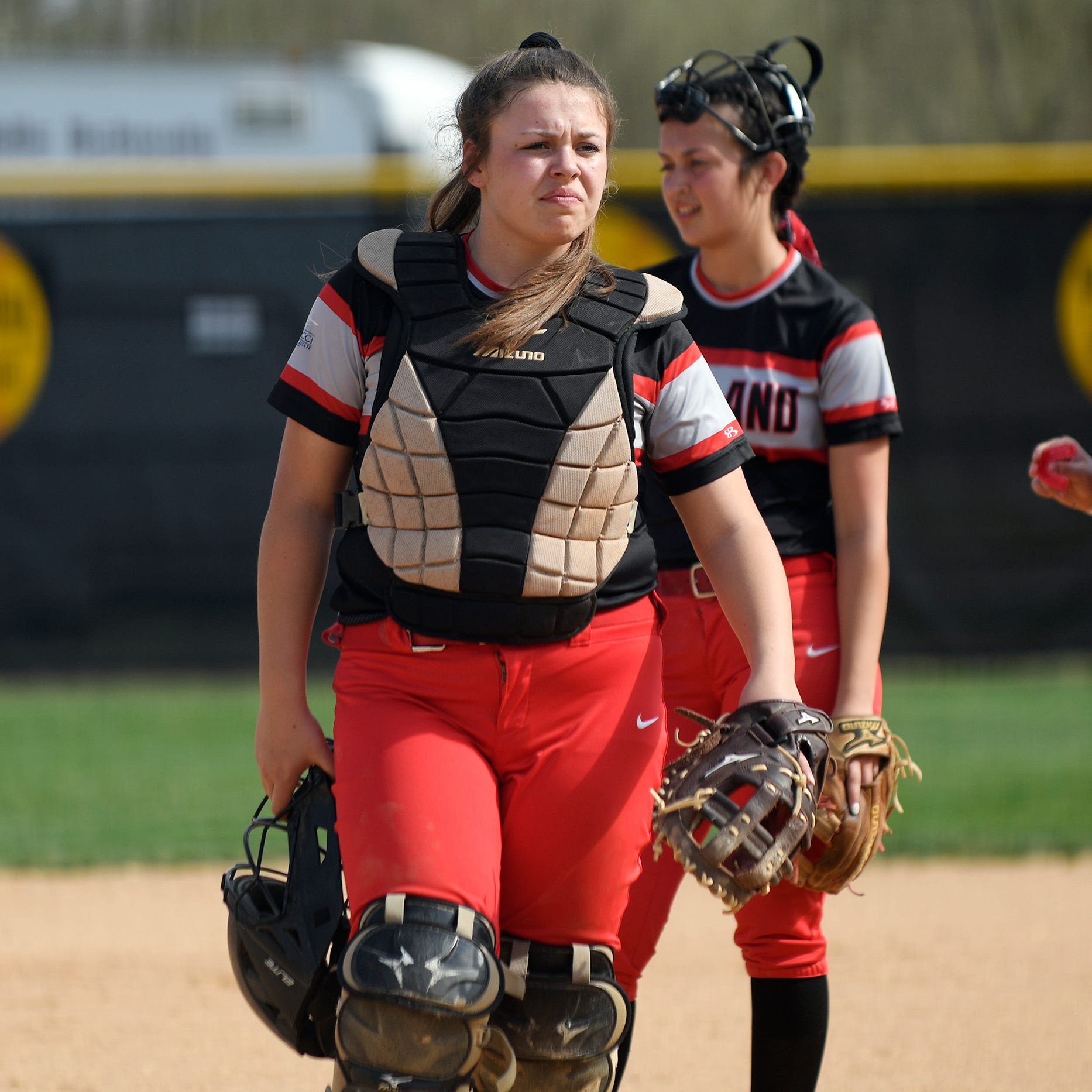 High school softball: Vineland's Coia at home behind plate