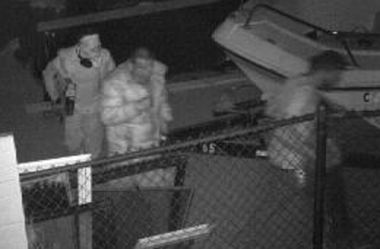 Deputies are asking for the public's help to identify these suspects. They are described as white or Hispanic men, between 25 and 35 years old.